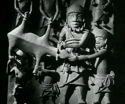 statues4